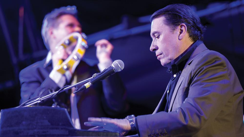 jools holland playing piano